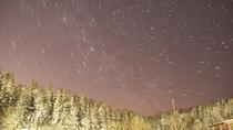 澄んだ空気の中満点の星空をお楽しみください