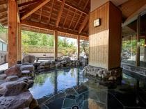 温泉大浴場「鹿山の湯」の露天風呂