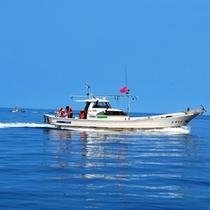 とび丸タクシーに乗って丹後の海をとびまわる