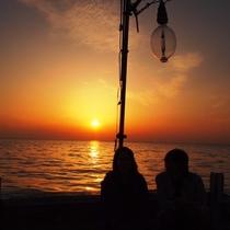 カップルには最高のシチュエーション☆丹後の海で夕陽を満喫!