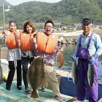 竹野漁港からさう超に出発する「定置網体験」