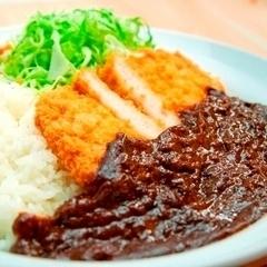 【上田カリー】ルートインオリジナル!濃厚なソースがクセになる『上田カリー』です。