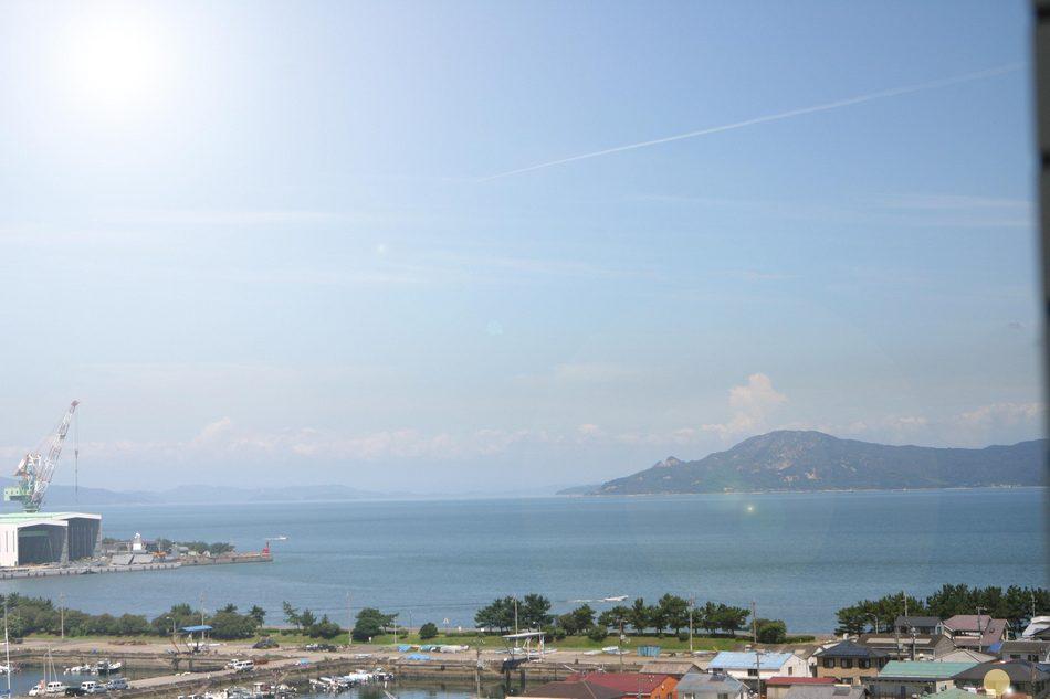 シングル側(丸亀港)の景色