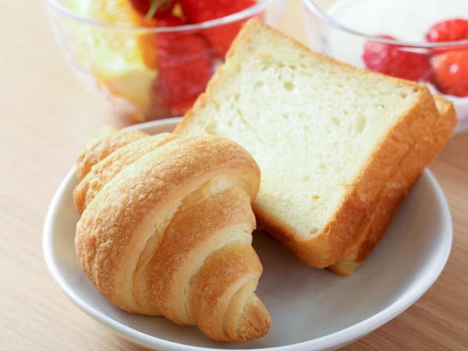 【朝食】パン各種 トースターもございます!