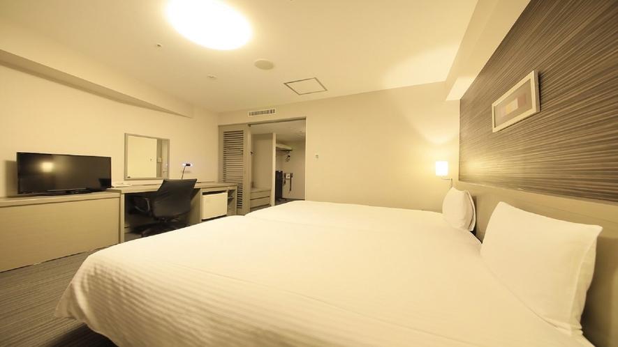 【ハリウッドツインルーム】27㎡/110㎝幅ベッド2台