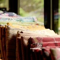 【色浴衣】様々な種類の中よりお好きな色浴衣をご利用いただけます。