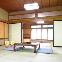 本館15畳間客室一例