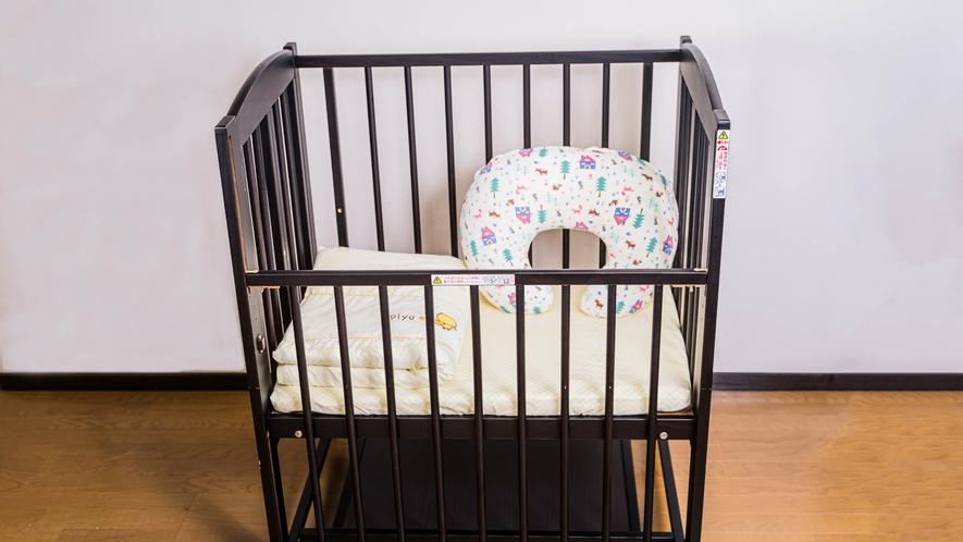 ・ベビーベッドもあるので赤ちゃん連れのご家族も安心