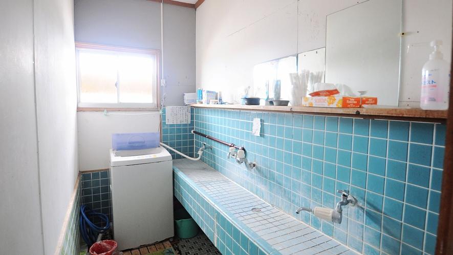 【共同洗面台】洗濯機もあり長期滞在にも便利♪