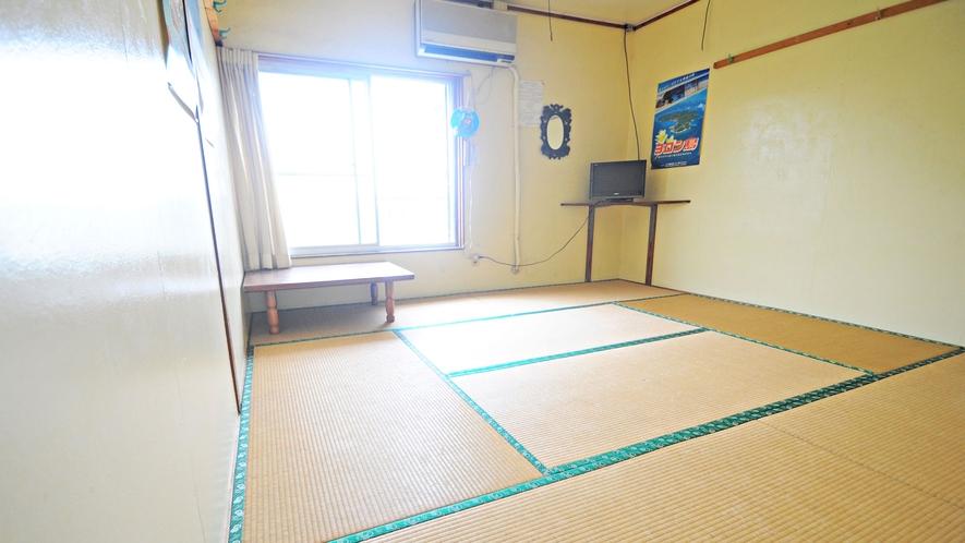 【和室】8畳、1~3名様用のゆっくりくつろげるお部屋です