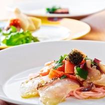 3種の鯛と季節の山菜料理
