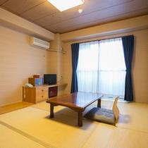 *【客室例】広々使えるお部屋タイプ。手足を伸ばしてお寛ぎ下さい。