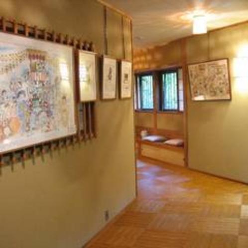 廊下のギャラリー