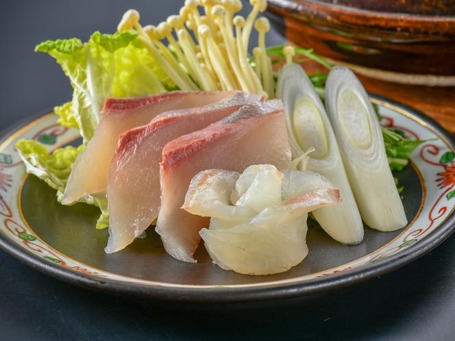 【海鮮しゃぶしゃぶ】新鮮なお魚やお野菜をサッとお湯に通してお召し上がりください♪
