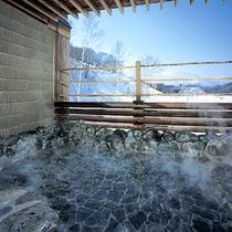 ◆温泉露天風呂 冬は雪見露天♪