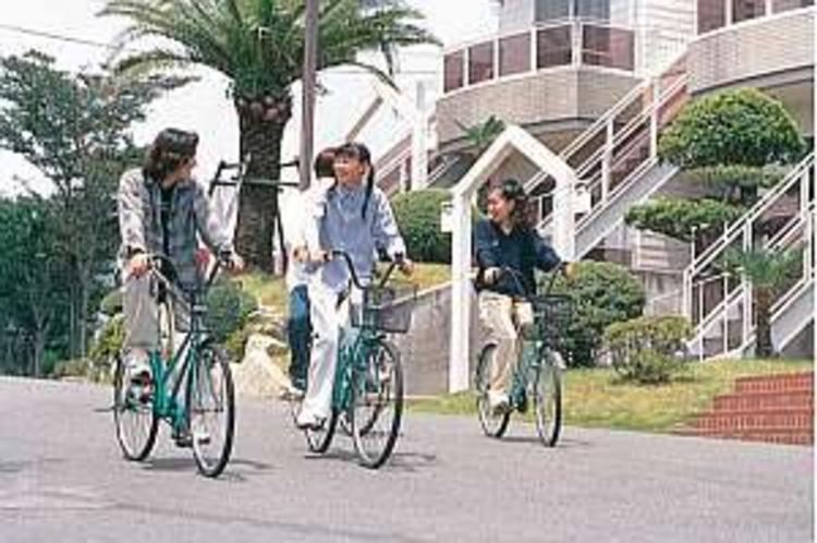 レンタサイクルもある。広大な敷地内を散策してみよう
