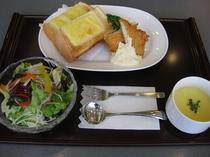 朝食チーズトーストセット