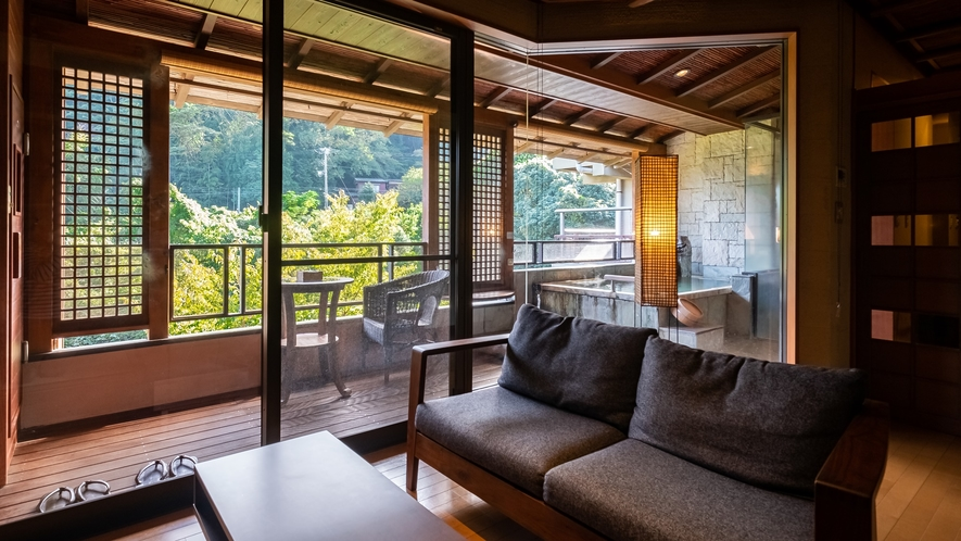 【Fタイプ:藤村】白雲荘の贅沢が揃った、離れのお部屋。至福の時間をお過ごしください。