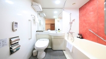 ユニバーサルダブルルームバスルーム