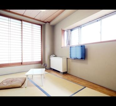 落ち着いた雰囲気の1人用和室◆バス・トイレ共用