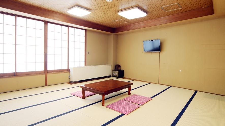 グループ和室(18畳)
