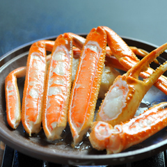 ◆【日帰り昼食】一人にカニ3杯! お刺身付きカニフルコース(大広間食)