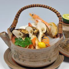 ☆【日帰り昼食】一度は体験したい贅沢三昧!焼き松茸が1人に2本付き「焼き松茸付き海鮮会席」(部屋食)