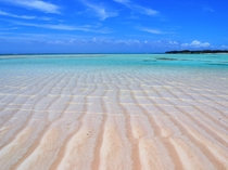 【百合ヶ浜ビーチ】波によって作られた砂模様