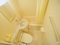 【ファミリー和洋室】ユニットバス・トイレ付です