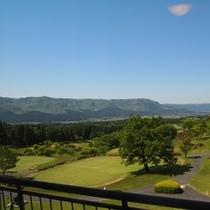 客室【外輪山側】からの眺め パノラマ!