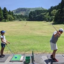<ホテルアクティビティ>ゴルフ練習体験