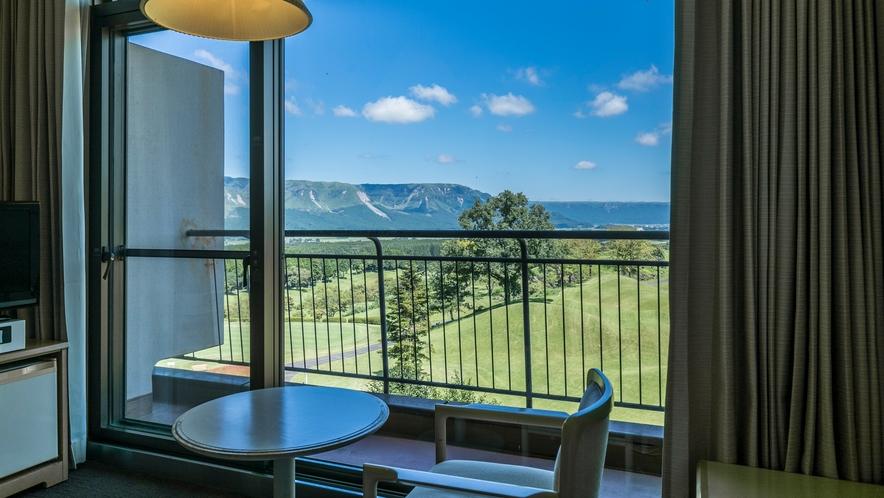 <客室眺望>※ツインルームA 外輪山側からの眺望です