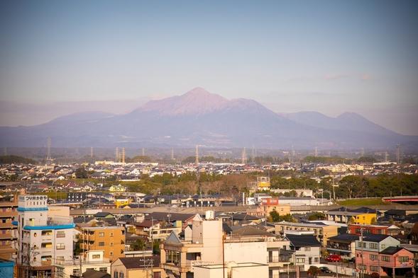 【ダブルルーム素泊りプラン】宮崎空港行き高速バス乗り場も目の前で移動便利!