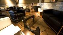 ◆シガールーム「壷天」/心おきなく煙草を愉しむための空間。シガーの販売も。