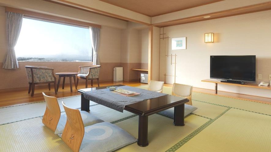 ◆【タワー棟】和室12畳(一例)/和のしつらえに心身を癒される空間です。