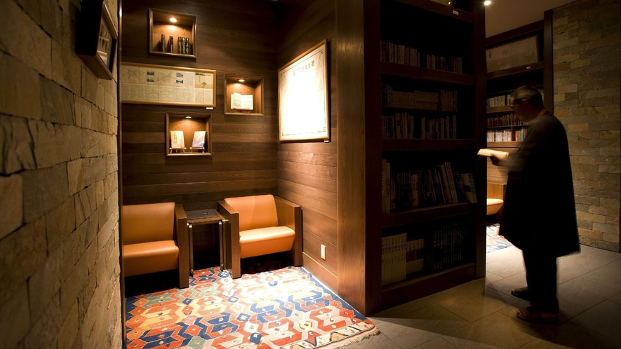 ◆図書室「古民」/オホーツクの人や自然、歴史や文化を語る本を中心に所蔵しております。