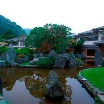 広大な庭園