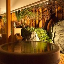 天然温泉を引いた露天風呂付客室【D、Eタイプ】