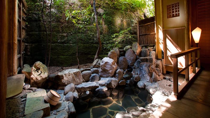 露天風呂付 特別室【蓬莱の間】/露天風呂