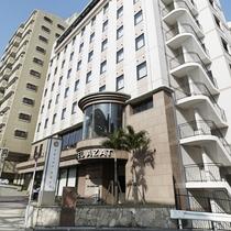 【HOTEL AZAT】外観