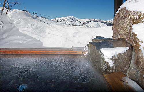 スキー場内の露天風呂〔星の湯〕