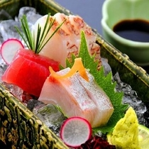 日本海とびわ湖の味が楽しめるお造り