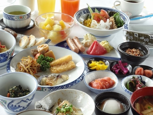 【貸切風呂無料】松島の四季 ズワイガニ付き ミニ和食膳&ハーフバイキング