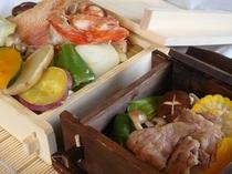 知床の最高級食材「きんき」と「知床牛」のせいろ蒸し。なかなか味わうことができない贅沢な一品です。