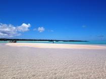 【百合ヶ浜ビーチ】大潮の干潮の時間帯に姿を現します