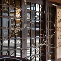 創業130年。江戸時代から歴史を刻む当館で静かに流れる時間をお過ごし下さい。