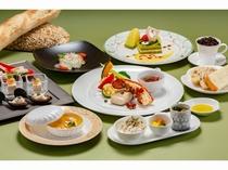 春の新感覚創作料理 人気のミディアムスタイルのアゼリアコース メインは季節の鮮魚料理