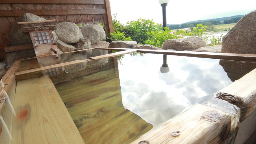 ■【温泉】アルカリ性のとろりとした湯