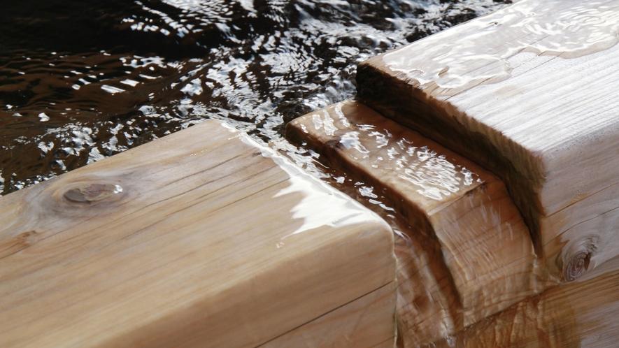 ■【温泉】トロトロすべすべのお湯は昔から「美人の湯」と呼ばれます