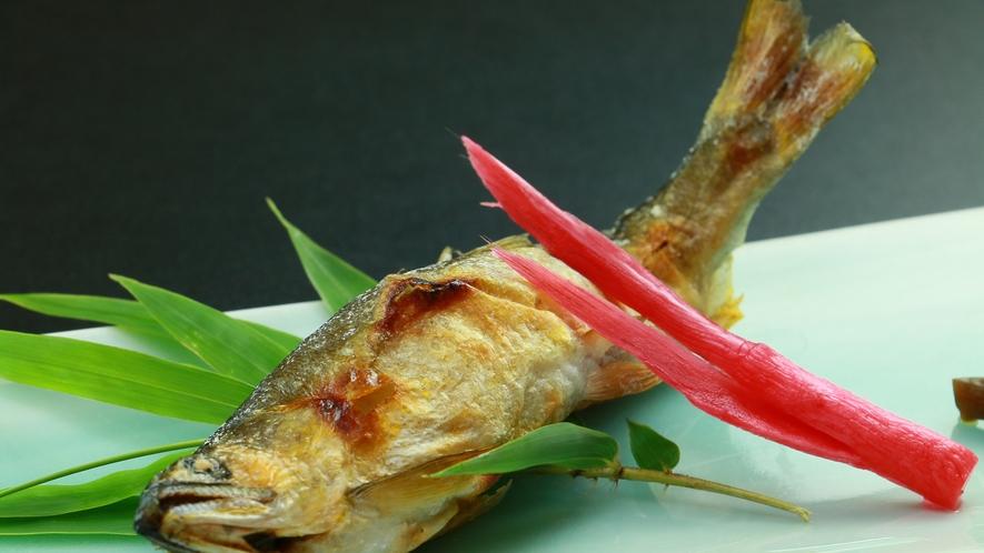 ■【夕食】単品 天然鮎の塩焼き